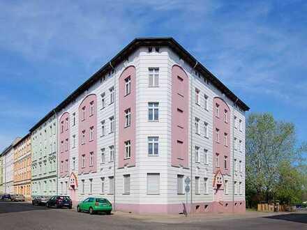 Bild_3 Zimmer im Erdgeschoss mit Balkon in Stadtmitte in Bahnhofsnaehe