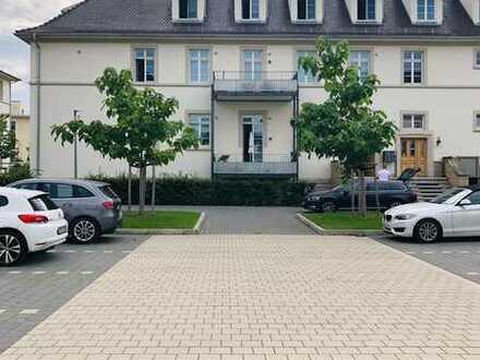 Großzügige, sehr schöne und moderne 2-Z. Wohnung mit Balkon und neuer EBK, in Rastatt,