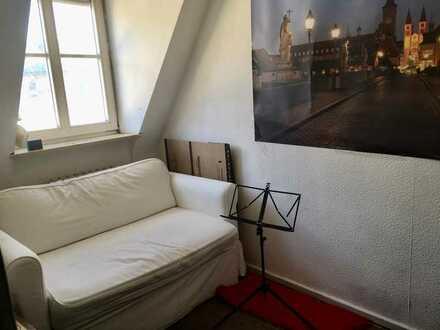WG Zimmer in der Altstadt neben Residenz