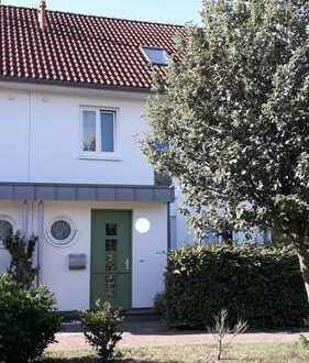 Doppelhaushälfte in Achim-Uphusen mit Carport/Südgarten