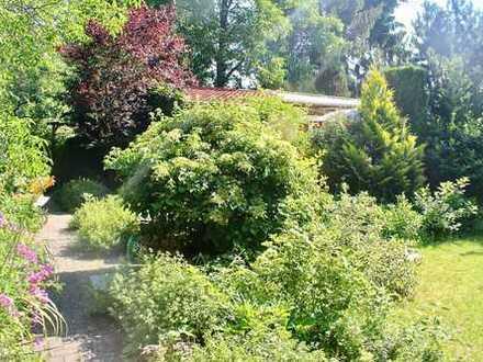Traumhaftes Grundstück mit Wochenendhaus im grünen Neuenhagen!
