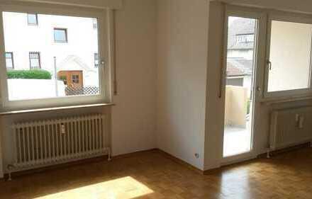 S-Heumaden: Schöne, helle Zweizimmer-Wohnung mit Südbalkon
