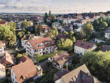 Schicke Dachgeschoss-Wohnung in Altstadt Nähe