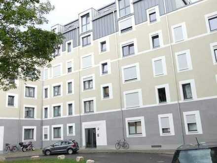 3-Zimmer-Wohnung mit Loggia in Nürnberg-Nibelungenviertel