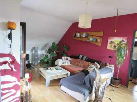 Große Dachgeschosswohnung + Appartment im 3-Familienhaus in Cleebronn