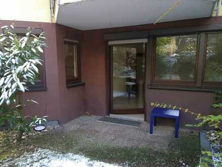 Ruhige 1 Zi-Whg. m. sep. Küche, EBK, Terrasse, Gartenteil, Pforzheim Weiherberg