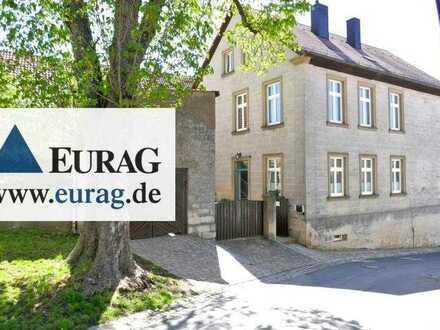 Zwischen Bamberg und Volkach: Kernsaniert - Stilvolles Wohnen im ehemaligen Schulhaus