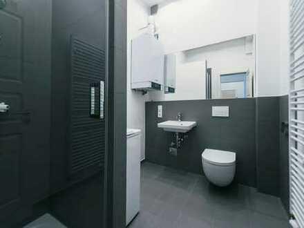 Bild_modernisiert mit Einbauküche und Parkett