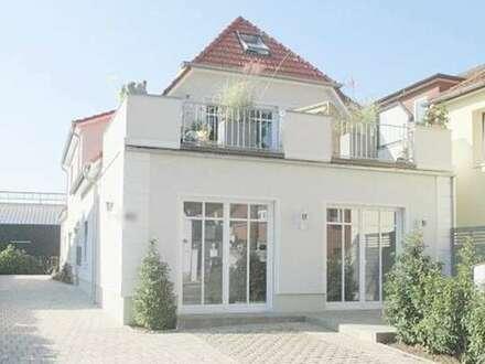 Hochwertige 2 ZKB Erdgeschosswohnung mit Terrasse zentral gelegen in Bad Zwischenahn