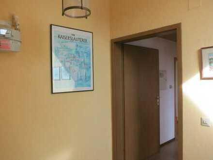 2,5-Zimmer Studentenwohnung mit Küchenzeile in Kaiserslautern