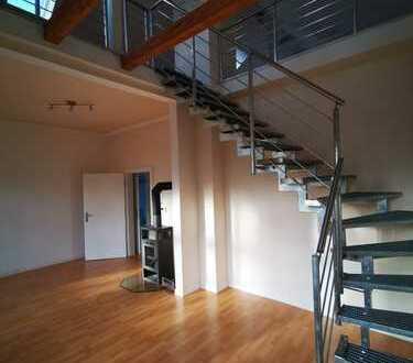 Schöne 3-Zimmer-Wohnung, EBK und Galerie