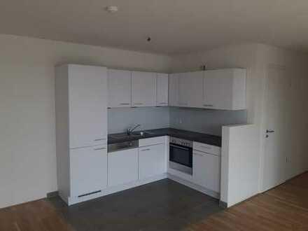 Schöne helle 3 Zimmer mit offener Küche und großem Balkon in der Neustadt