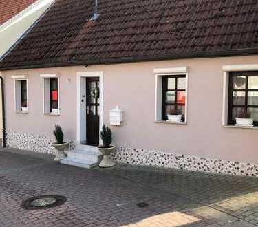 Kleines, gemütliches und ruhiges Haus mit drei Zimmern und Garten in 55239 Gau-Odernheim