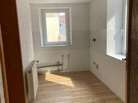 Erstbezug nach Sanierung: freundliche 2-Zimmer-EG-Wohnung zur Miete in Weilerbach