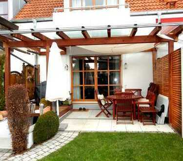 Traumhaftes Reihenmittelhaus mit Garage, Garten, Terrasse, Balkon, inkl. EBK – super Zuschnitt