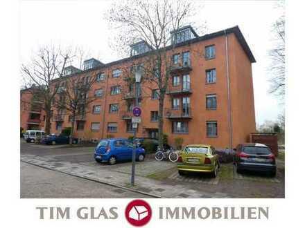 ++ Gemütliche 2 ZKB Wohnung mit Fernsicht im DG eines MFH in Feldrandlage in LD-Südstadt! ++