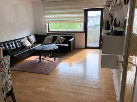 Gepflegete 4 Zimmer Wohnung mit Balkon und Einbauküche
