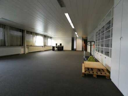 Büro oder Praxisflächen nähe Roller zu vermieten