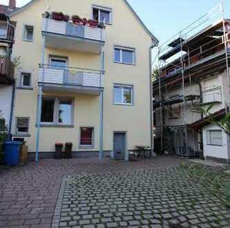 Mitten im Leben - Mitten in der Stadt. Stadtwohnung mit 4 Zimmer und 113m² Wohnfläche