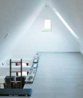 Erstbezug nach Modernisierung: 3,5-Zimmer-Wohnung auf 2 Etagen im Zentrum Herrenberg