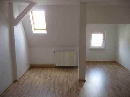 Schöne helle 3 - Raum Wohnung !!! Angebot bis 31.10.2019 2 KM frei !!!