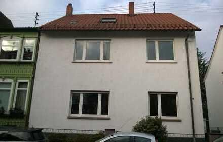 Großzügige 2,5-Zimmer-Wohnung mit Einbauküche in Mannheim-Friedrichsfeld