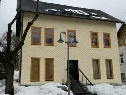 Mehrfamilienhaus im Wintersportzentrum Oberhof zu verkaufen