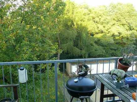 OB-Osterfeld - Stilvolle 4-Zimmerwohnung mit Blick ins Grüne