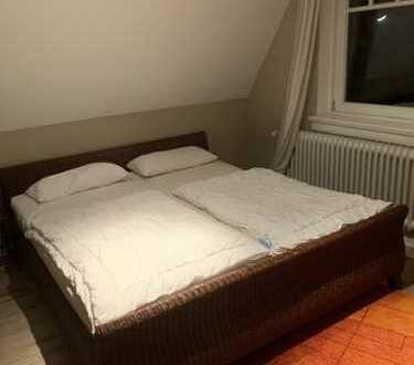 Stilvolle, geräumige und sanierte 3-Zimmer-Wohnung mit Einbauküche in Wyk