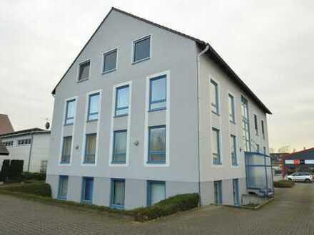 Moderne & neuwertige Büroetage in Neuss-Hoisten - 10 Räume