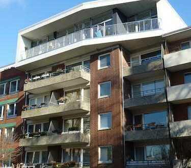Extravagante und helle 1,5 Zi.-Whg. im Dachgeschoss mit sonnigen Balkon