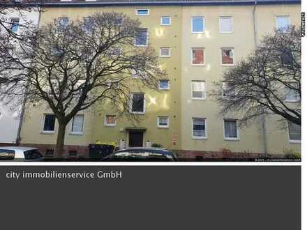 Erstbezug nach Renovierung / 3 Zi.-Wohnung im 3.OG