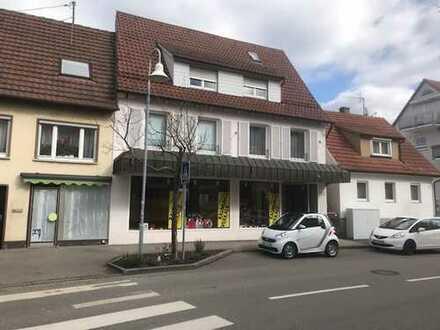 Laden/Lager (164m²)+ 2 Whg.(165 m²) in Wendlingen