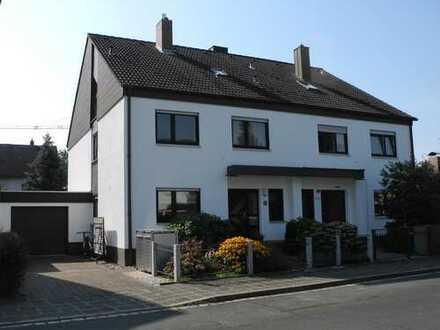 Schönes Haus mit 6 Zimmern und sonnigem Garten in sehr ruhiger Lage in Mögeldorf