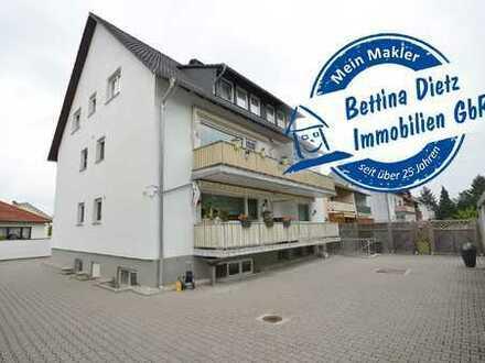 DIETZ: Maisonette-Wohnung mit Garage, Balkon (früher 2 Wohnungen) im 5-6-Familienhaus