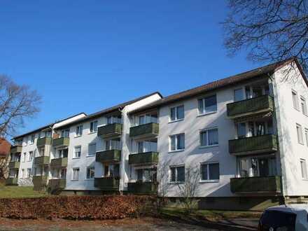 Gut geschnittene 4 Zimmerwohnung mit Balkon in toller Lage!