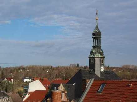 Dachgeschosswohnung mit Balkon frisch renoviert