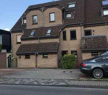 Gepflegte 2,5-Zimmer-Maisonette-Wohnung mit Balkon in Bochum