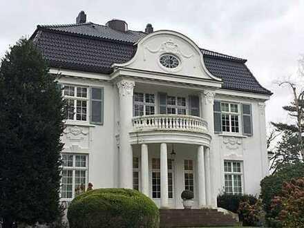 """Das """"Weiße Haus"""" an der Elbchaussee. Eine Luxusvilla vom Feinsten (!) für Ihre Kanzlei"""