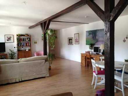 Sehr helle 4 Zimmer Wohnung 134 qm inkl. 2 Carport/Stellplatz zwischen Hannover/Hildesheim