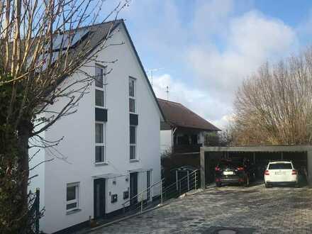 Doppelhaushälfte in ruhiger, zentraler Lage in Neusäß-Steppach