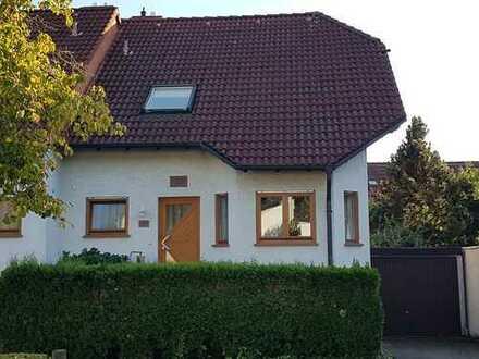 Schicke, geräumige Doppelhaushälfte in Dieburg-West