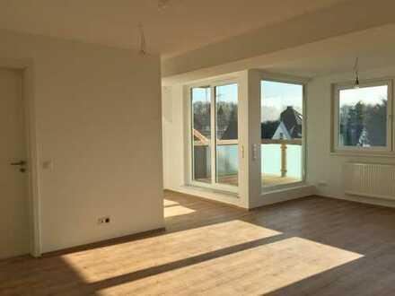 Erstbezug mit Loggia: schöne 2,5-Zimmer DG-Wohnung in Bochum-Weitmar-Mark
