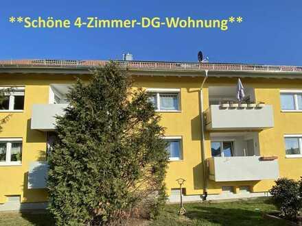 **Helle, gutgeschnittene 4-Zimmer-Wohnung mit Balkon - vermietet**