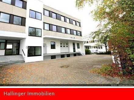 Praktische Lager/Produktionsfläche mit Büro in Planegg-Martinsried