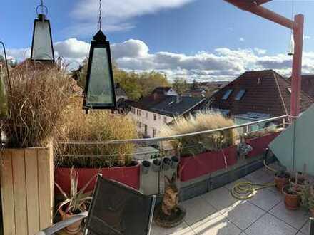 4,5-Zimmer Dachgeschoss-Maisonette-Wohnung mit 2 Balkonen zentrumsnah