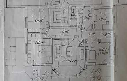 Schöne, geräumige vier Zimmer Wohnung in Ostallgäu (Kreis)