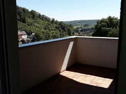 Gut geschnittene 3-Zimmer-Wohnung in Neckarzimmern