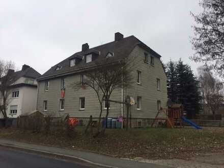 Schöne 2-Zimmer Wohnung in Schwarzenbach zu vermieten.