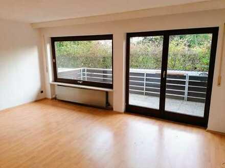 4-Zimmer Wohnung mit Garten und den Wald vor der Haustüre!